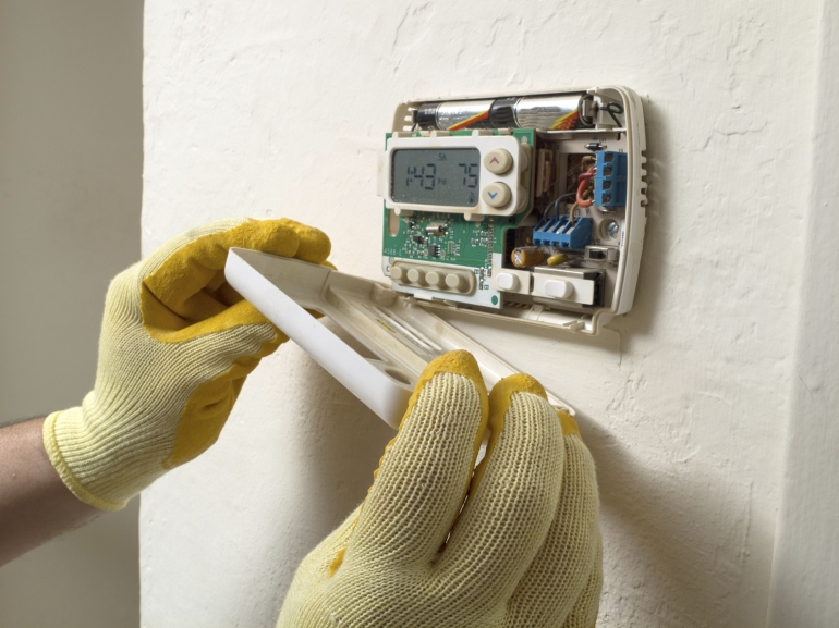 Air conditioning thermostat repair.jpg